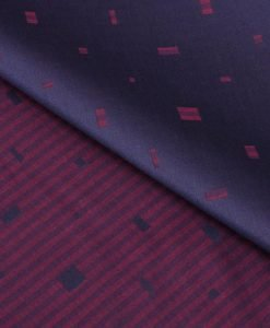 Maroon Patterned Giza cotton shirting fabric in 1 ply 70s